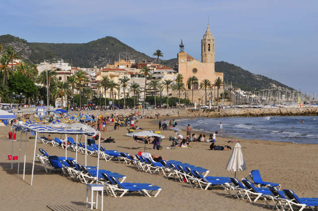 Hola sitges spanish courses sitges spain reviews - Fotos de sitges barcelona ...